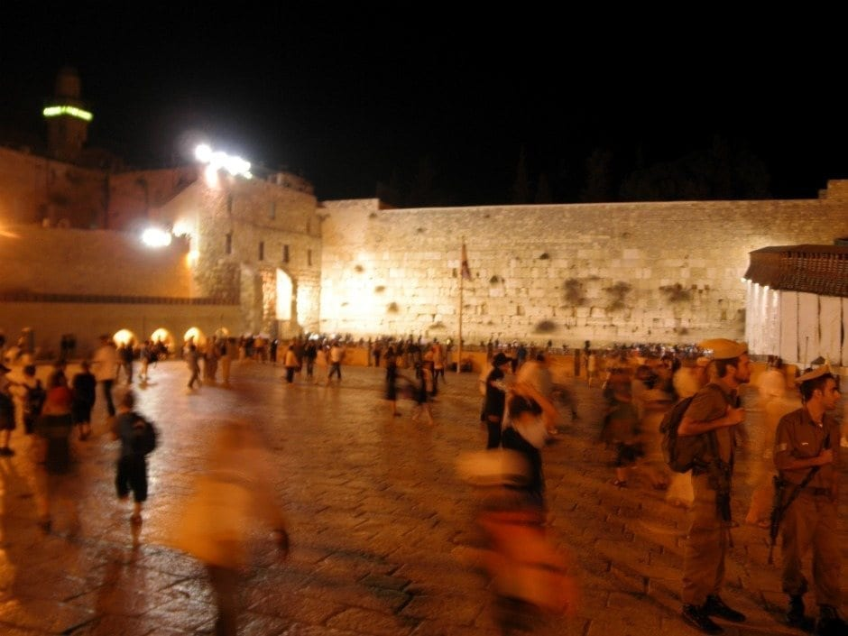 Kotel night