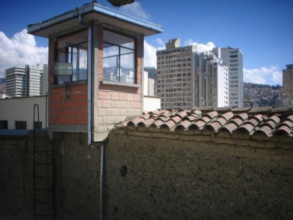 Sneaking into Bolivia   s San Pedro PrisonSan Pedro Prison Cells