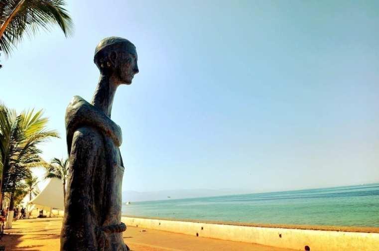 Statue Malecon Puerto Vallarta