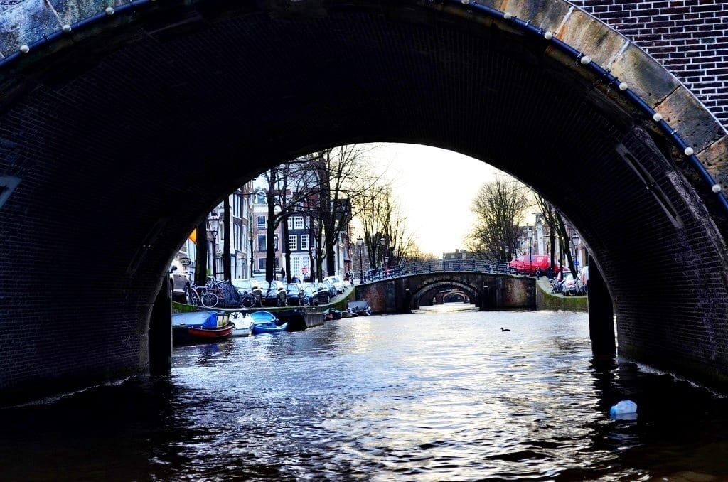 Looking Through The Seven Bridges On Amsterdam 39 S Canals