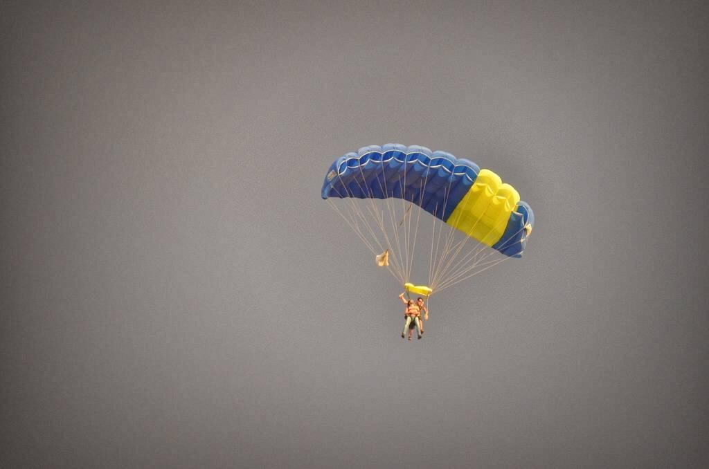 sky dive Jordan